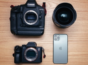【価格差50万!?】iPhone11Proとフルサイズの一眼レフカメラ、ミラーレスカメラの画質比較!【実写レビュ...